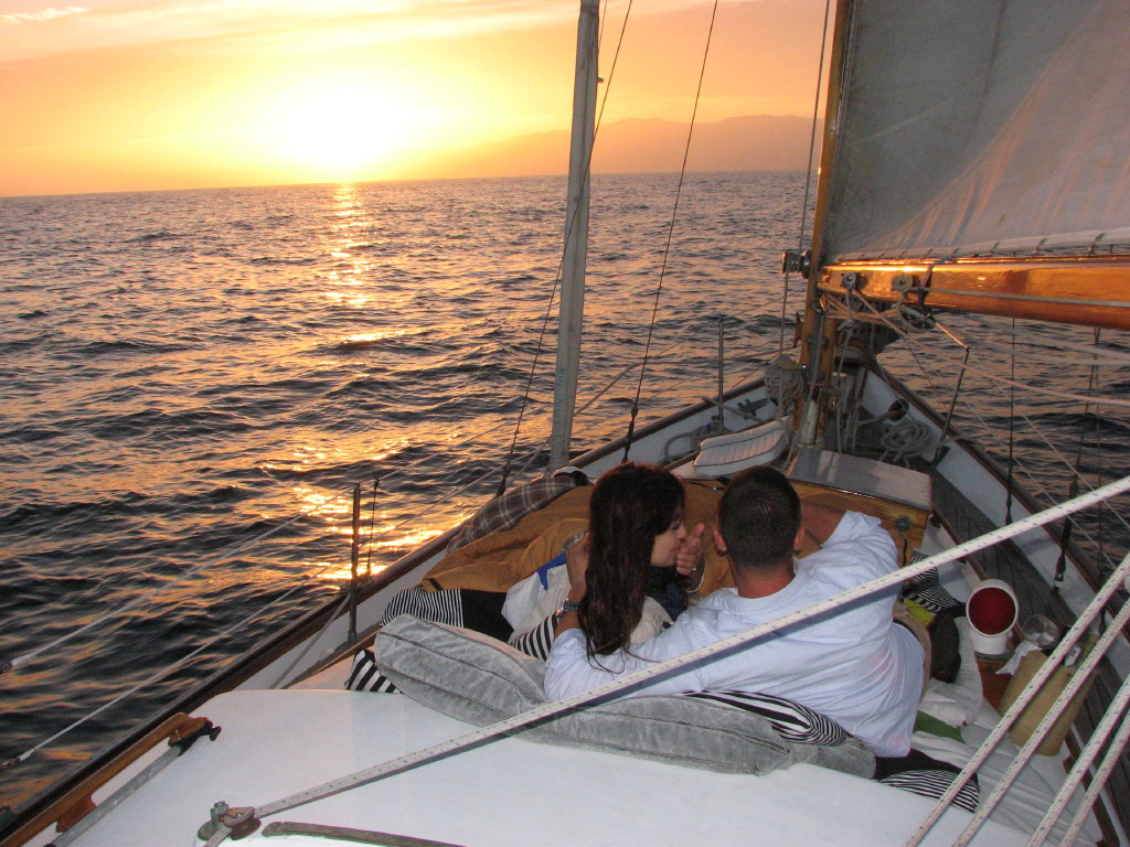 Private Dinner Cruise Most Romantic Restaurant Sunset